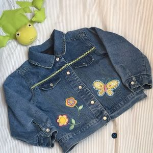 Other - Girls embroidered lined denim jacket size 4T 👑